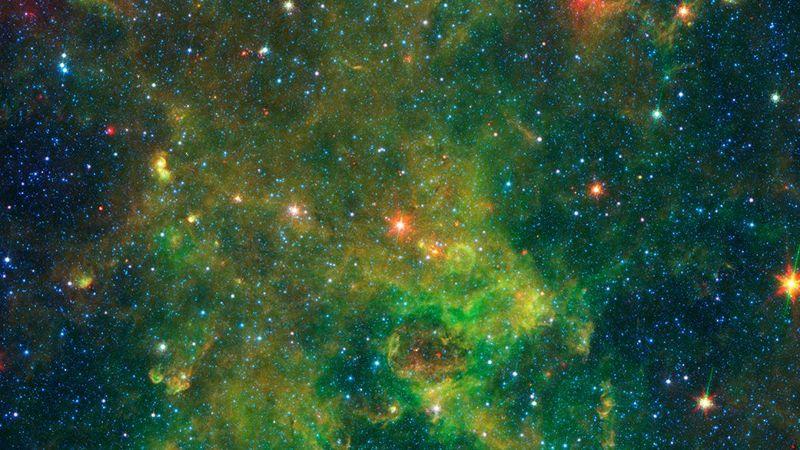 IRAS 19312+1950 es una estrella gigante en la Vía Láctea