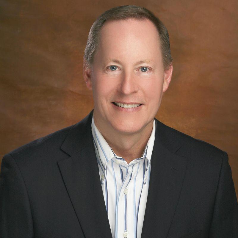 Jan Harzan, BS en Ingeniería Nuclear y Director Ejecutivo de MUFON (Mutual UFO Network)