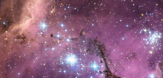 Imagen de Hubble de una región de formación estelar en la Gran Nube de Magallanes