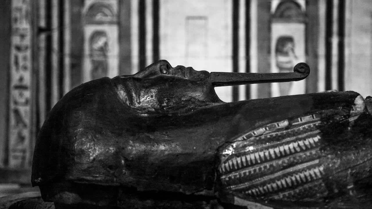 ¿A punto de hacer el descubrimiento del siglo? Expertos escanean tumba de Tutankamón en busca de cámaras ocultas