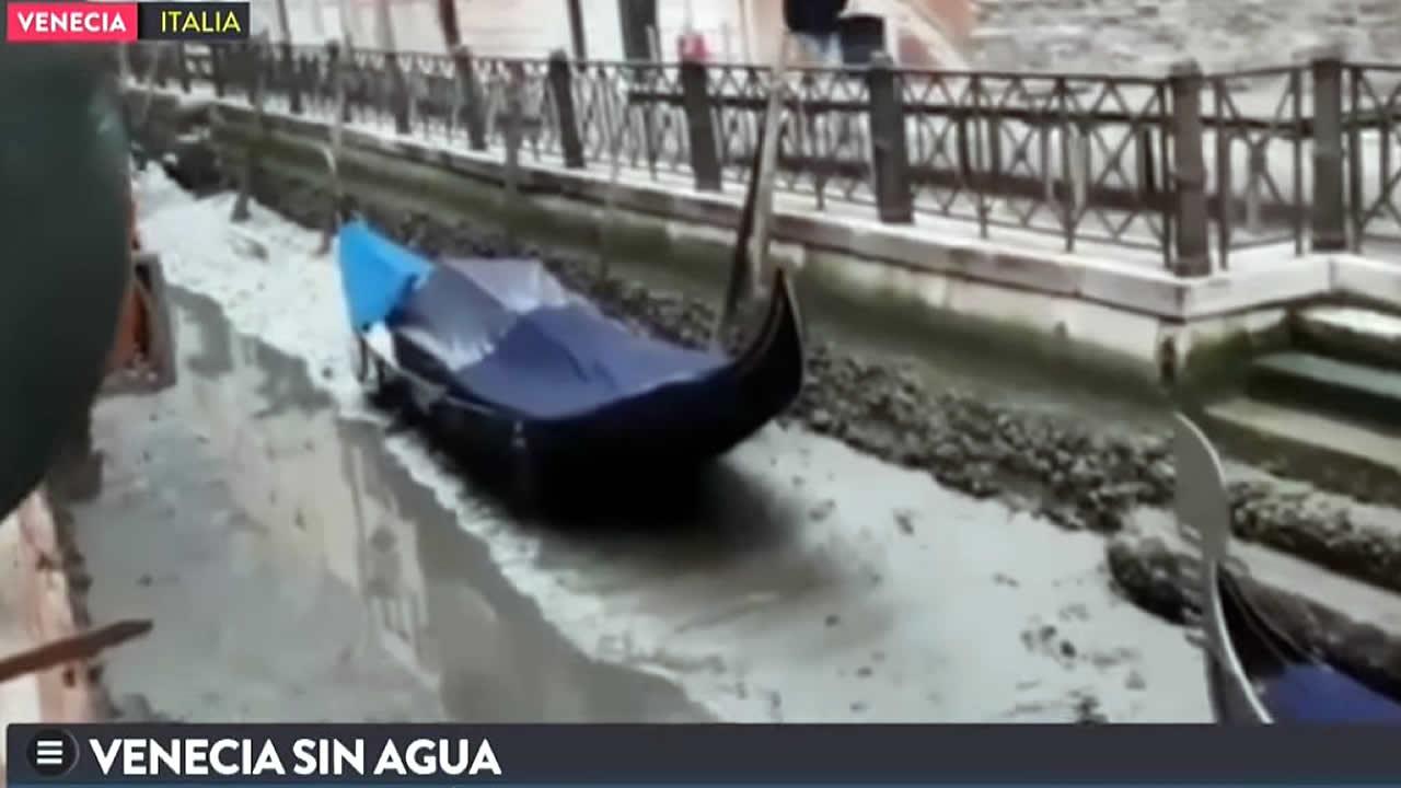 Canales de Venecia se quedan sin agua, mar se retira sin explicación
