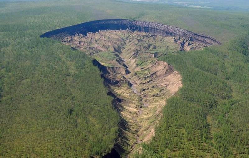 Cráter de Batagaika, también conocido como la «Puerta al Inframundo»