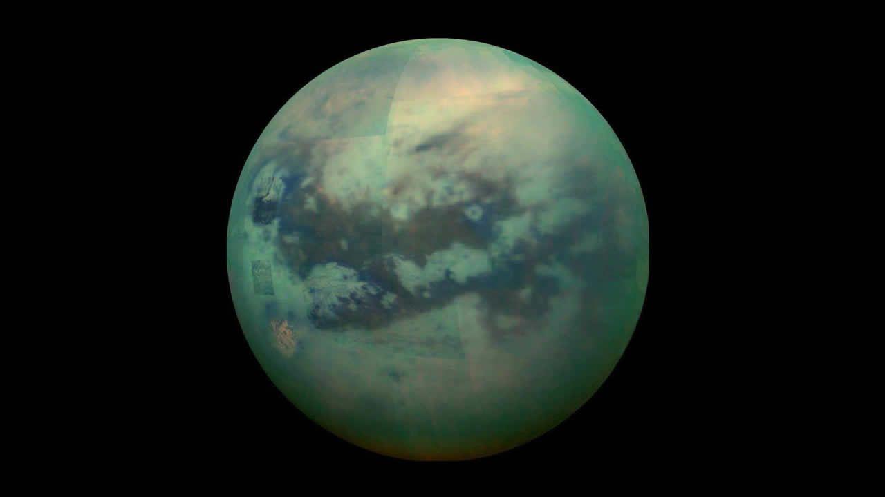 Hallan posibles señales de vida en Titán, luna de Saturno