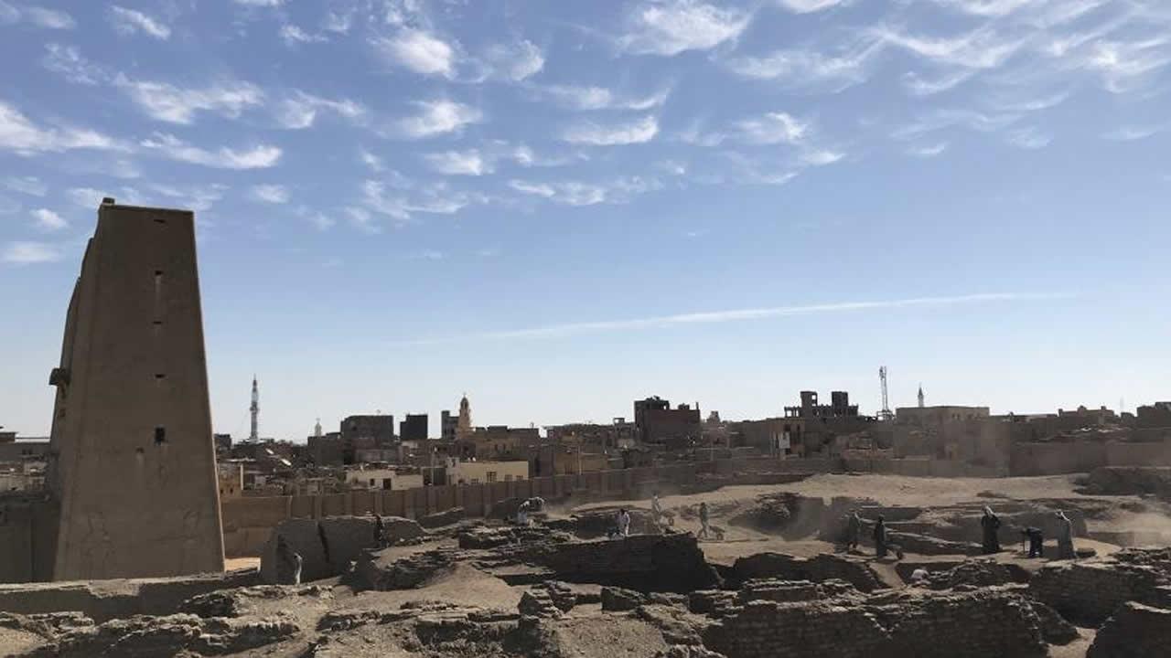 Hallan instalaciones de elaboración de cerveza en ruinas de antiguo Egipto