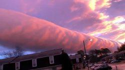Una nube con forma de tubo sorprende a residentes de Virginia, EE.UU. (Vídeo)