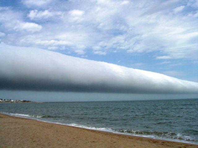 Nube rodillo fotografiada en Uruguay