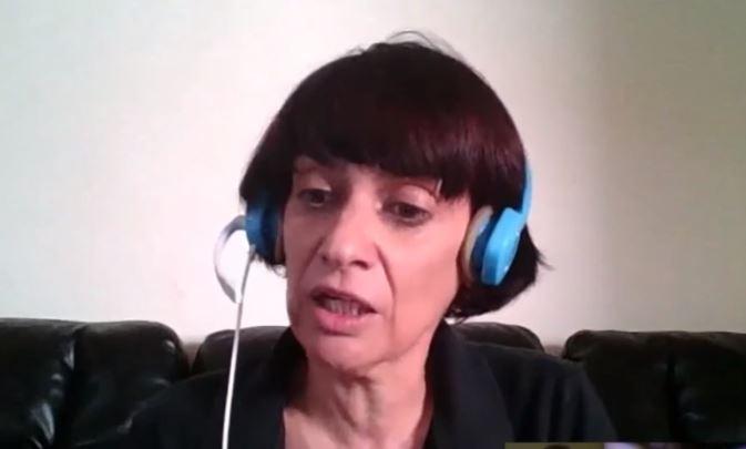Dra. Claudia Albers, una física formada la Universidad de Witwatersrand, en Johannesburgo, Sudáfrica