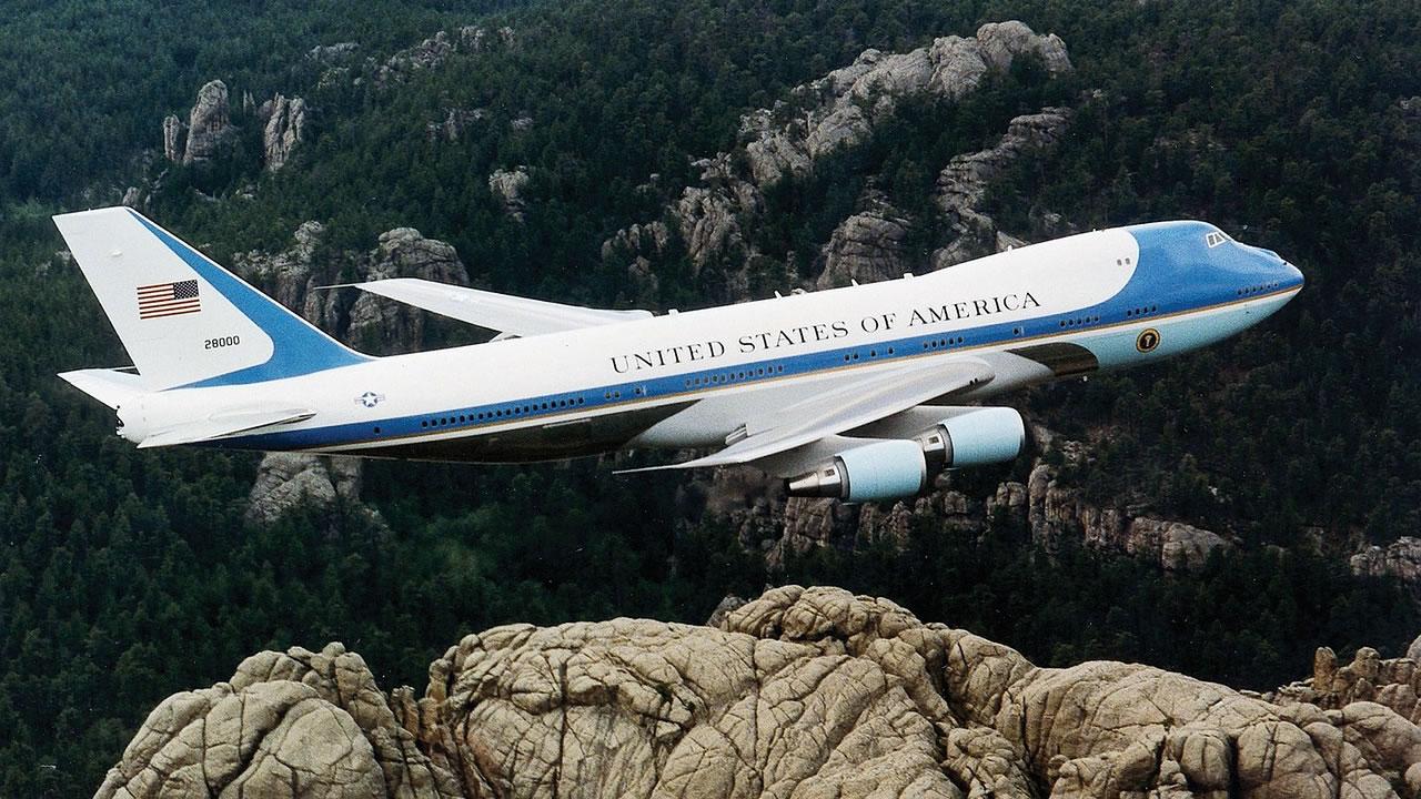 Dos aviones del «Día del Juicio Final» permanecieron todo el día en el aire en EE.UU.