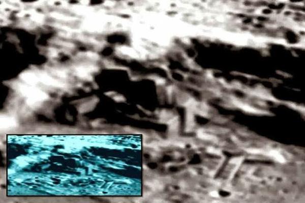 Posible construcción artificial en la Luna