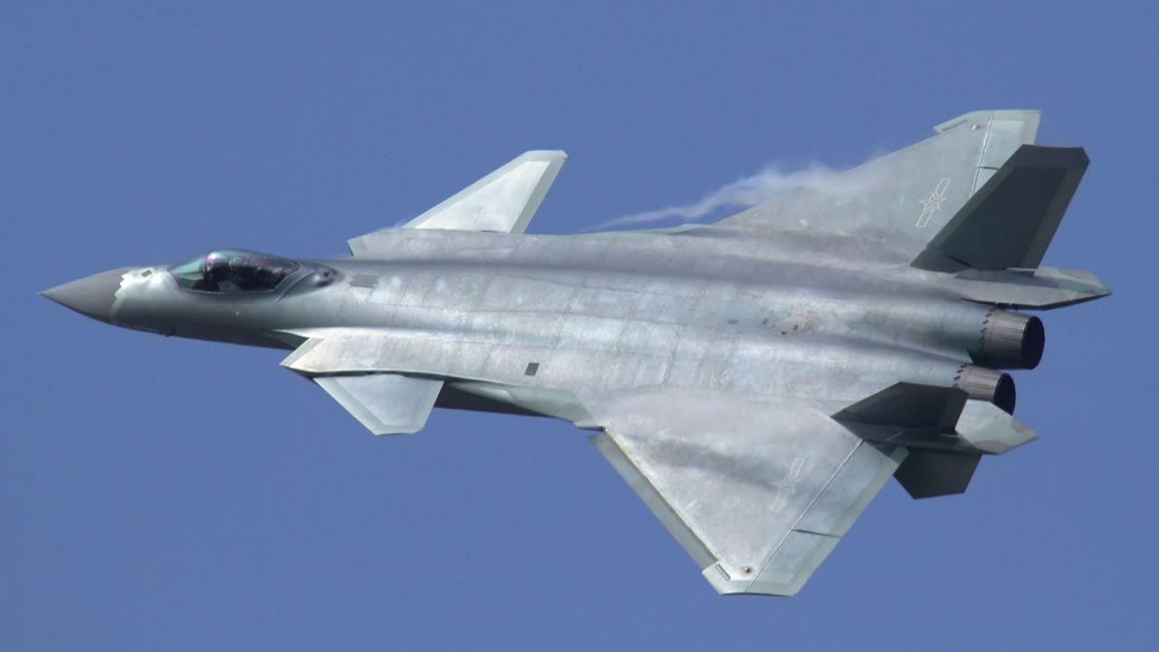 ¿Ha desarrollado China capas de invisibilidad para sus aviones de combate?