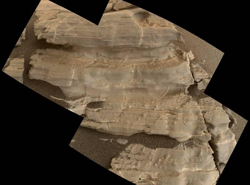 La NASA recibió fotos de diminutas marcas en forma de cristales