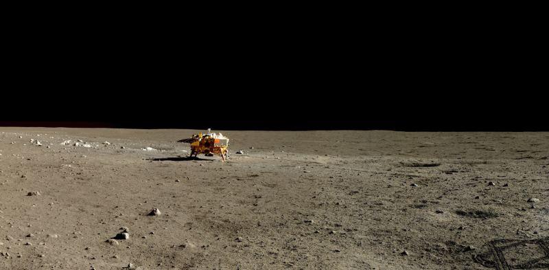 Imagen de alta resolución de la superficie de la Luna, tomada por la Chinese Chang'e 3, una sonda de exploración lunar no tripulada y Yutu rover