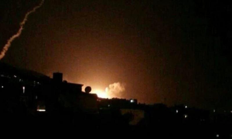 Ante los ataques, el cielo de la ciudad de Damasco quedó completamente iluminado