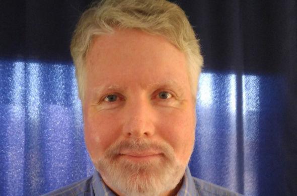 Vean este rostro y recuérdenlo, es David Meade, creador de una saga de profecías apocalípticas que no se cumpliron. Quizá se podría ahorra un dolor de cabeza si lo recuerda.