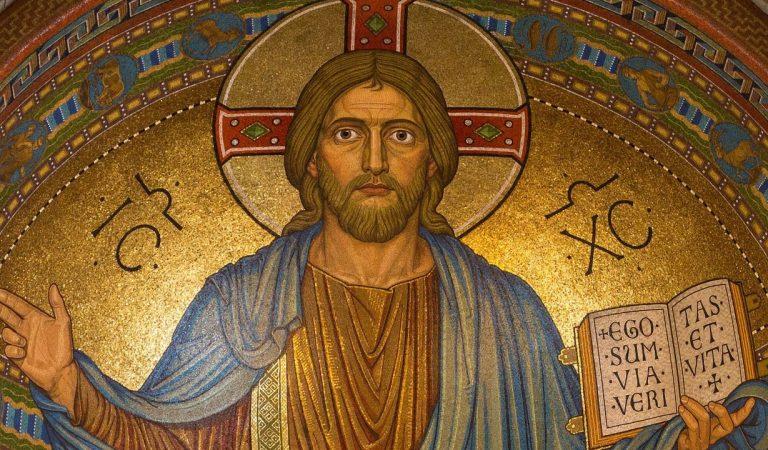 Crean posible estatua de Jesús usando el Sudario de Turín