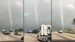 Misteriosa columna de luz desconcierta a residentes de Rockwall en Texas