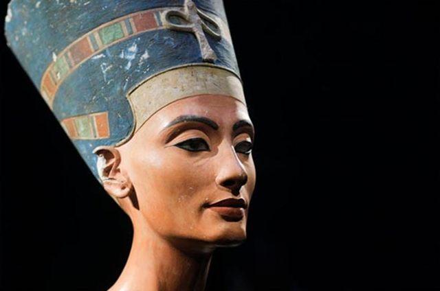 Un equipo de especialistas ha investigado durante meses si existe una cámara en la tumba, donde podía estar enterrada la legendaria reina egipcia Nefertiti