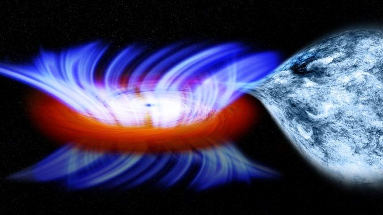 Colisiones entre agujeros negros pueden formar monstruosos agujeros negros