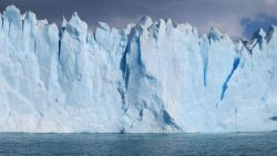 Descubren un núcleo de hielo de un millón de años bajo la Antártida
