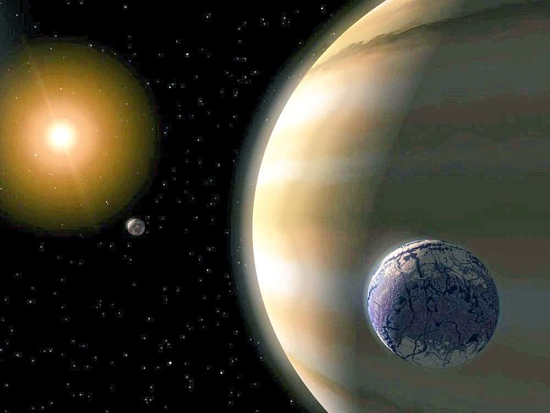 Representación artística de una exoluna parecida a la Tierra, orbitando una planeta gigante gaseoso