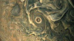 Impresionantes y recientes fotografías de Júpiter tomadas por JunoCam