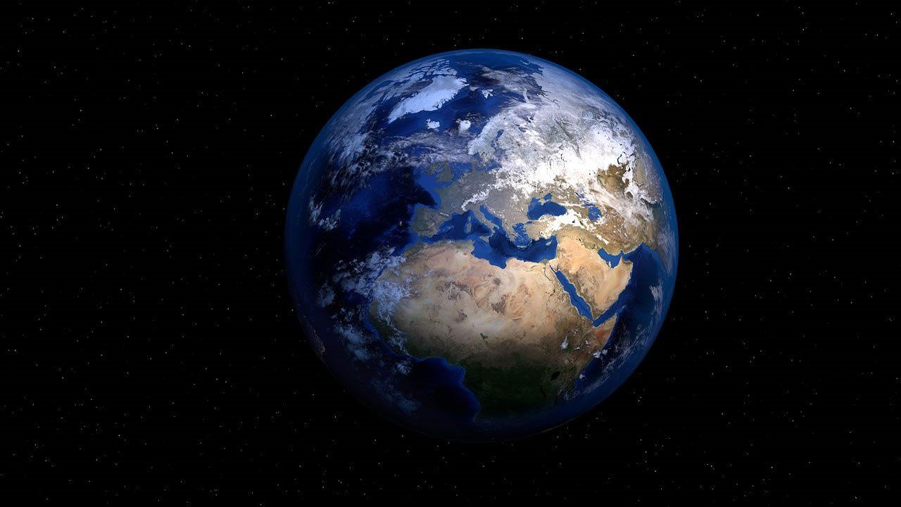 La Tierra no tiene la mayor cantidad de agua en el Sistema Solar