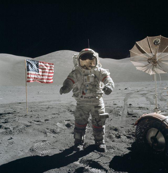 Eugene Cernan en la superficie luna, 13 de diciembre de 1972