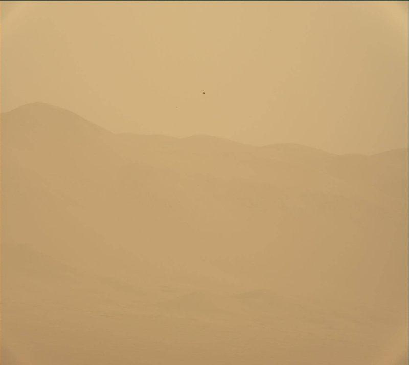 La tormenta de polvo en Marte ha tapado la visión del rover Curiosity. Esta tormenta está ocurriendo en la mitad del planeta.