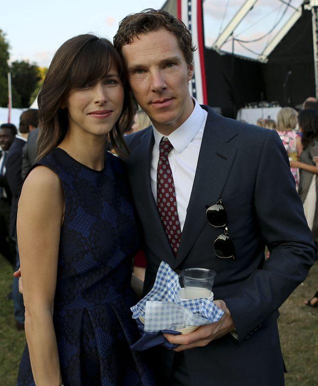 Benedict Cumberbatch junto a su esposa Sophie Hunter, en 2015