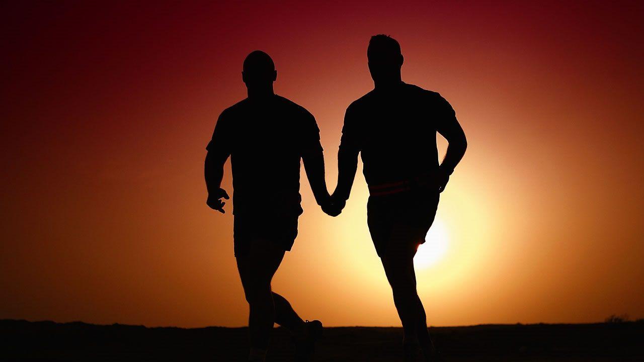 Investigación encuentra relación entre baja inteligencia y homofobia