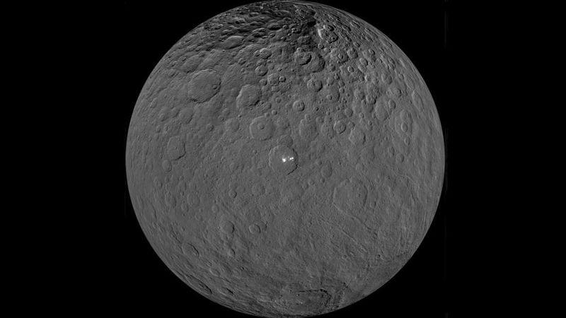 Ceres visto por la sonda espacial Dawn