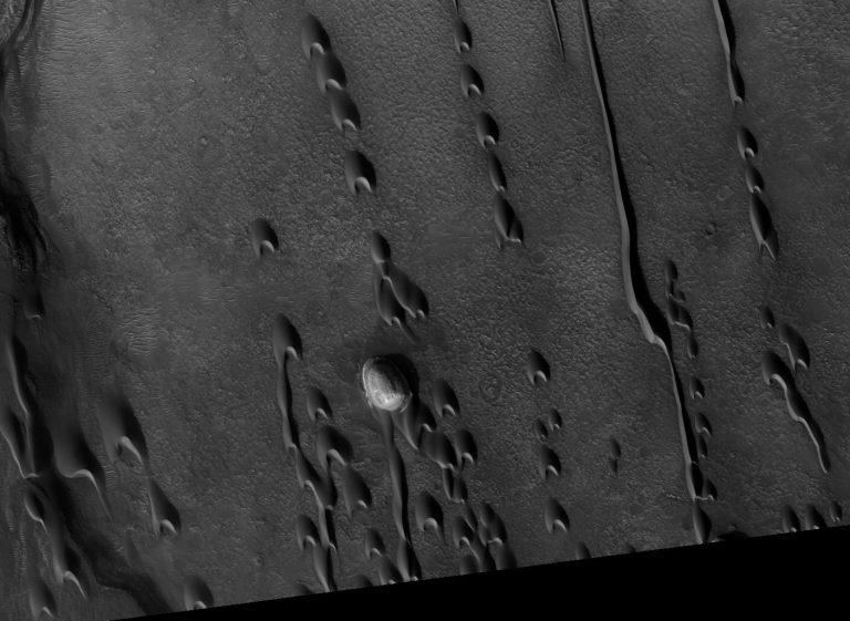 Imagen capturada por el Orbitador de Reconocimiento de Marte