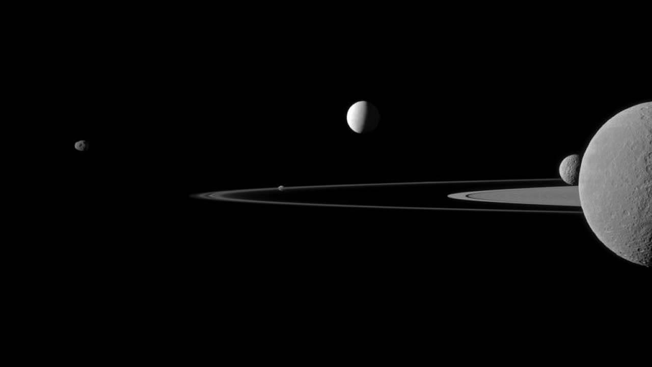Detectan un extraño sonido proveniente del espacio, cerca a Saturno y Encélado