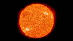 Una tormenta solar golpeará la Tierra en pocas semanas, dicen científicos rusos