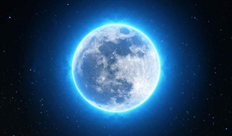Confirman existencia de hielo de agua en polos de la Luna