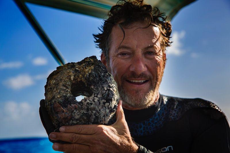Darrell Miklos, cazador de tesoros, dice haber hallado algo nunca antes visto cerca de las Bahamas, algo a lo que llama la «nave extraterrestre».
