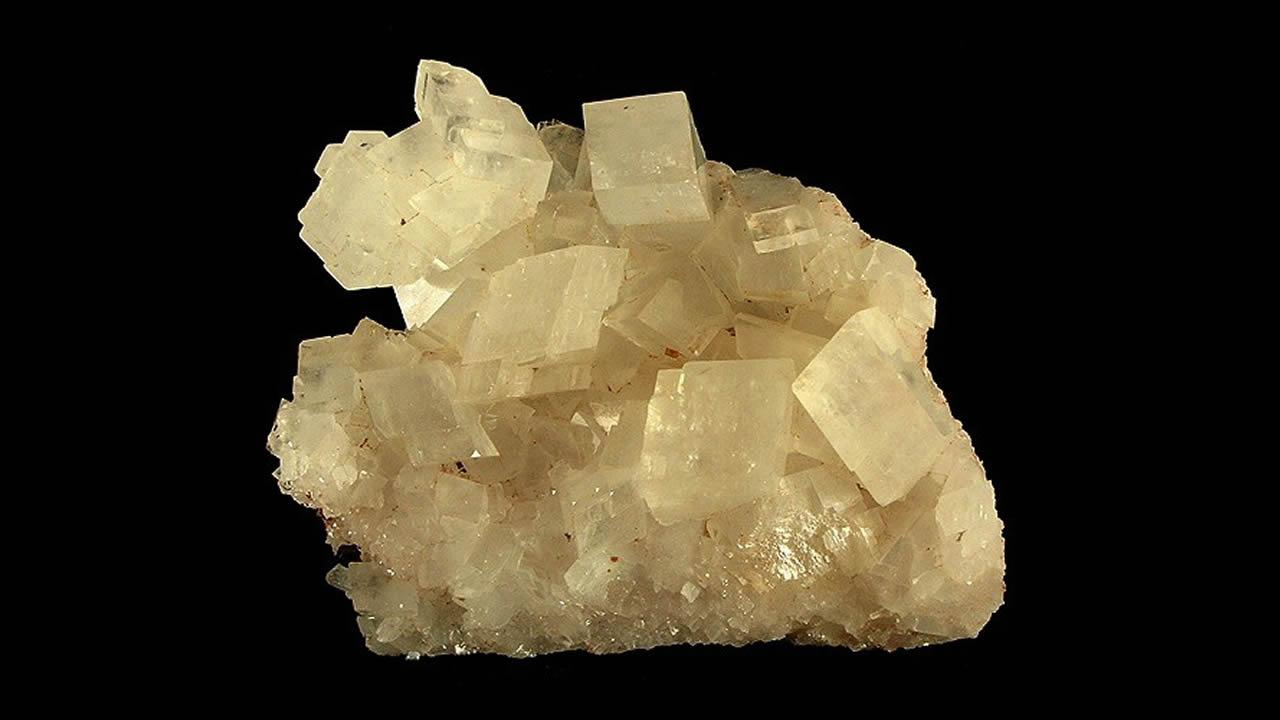 Crean mineral que puede eliminar la contaminación por CO2 de la atmósfera