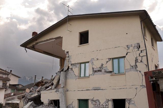 Los terremotos fuertes pueden desencadenar temblores en otras partes del mundo, según un reciente estudio.