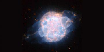 Este «ojo celestial» mira hacia la Tierra en una impresionante fotografía del Hubble
