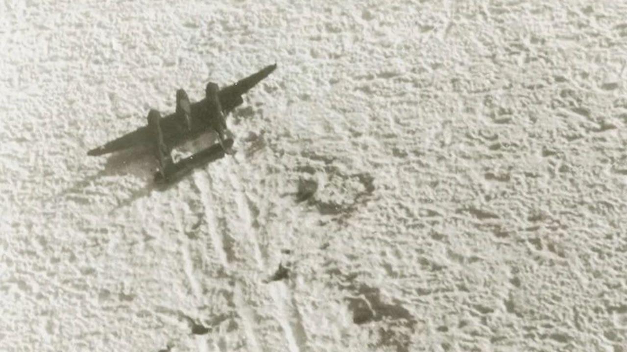 Hallan un «escuadrón perdido» de la Segunda Guerra Mundial bajo un glaciar de Groenlandia