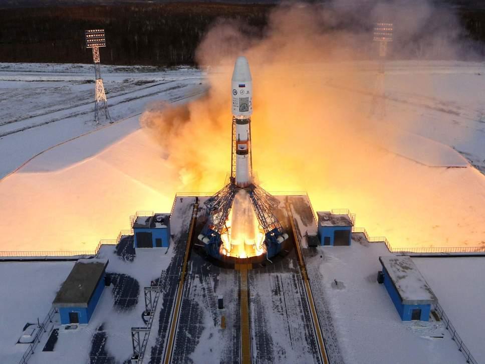 El cohete ruso Souz 2-1b despega del Cosmodromo Vostochny en diciembre de 2017