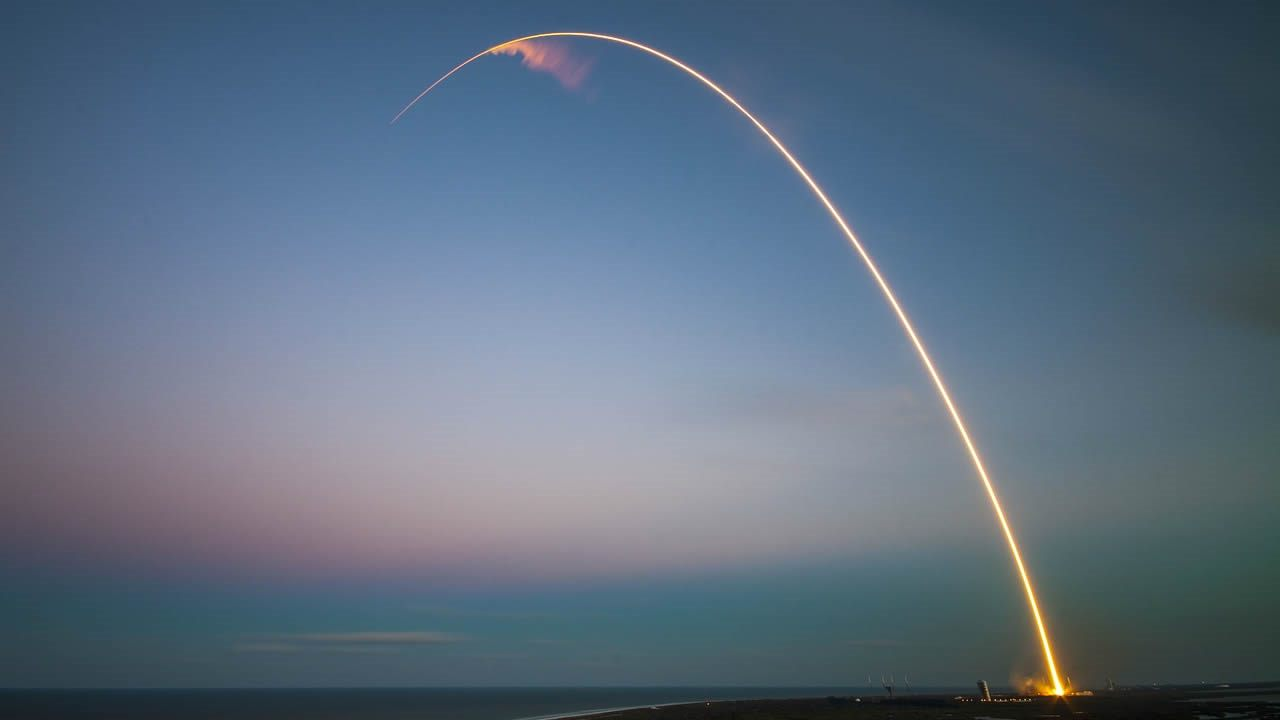 Un misterioso satélite de Rusia lanzado hace un año podría ser un «arma espacial» según EE.UU.