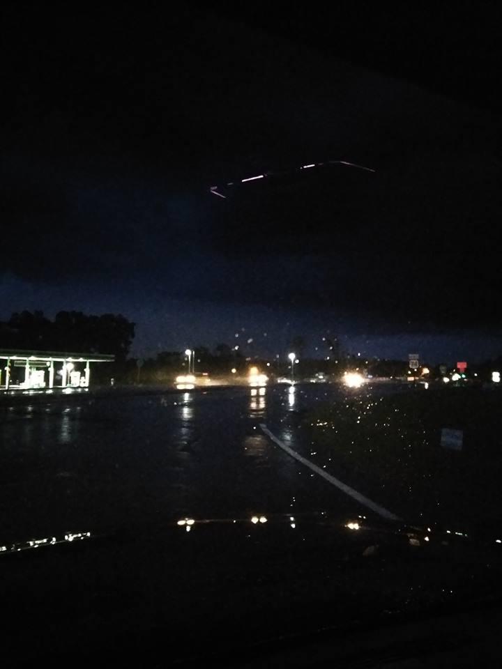 Fotografía del supuesto OVNI fotografiado en Carolina del Norte