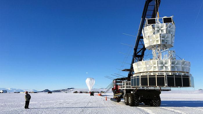 El experimento de Antarctic Impulsive Transient Antenna ha volado cuatro veces sobre la Antártida y ha visto dos eventos de partículas difíciles de explicar