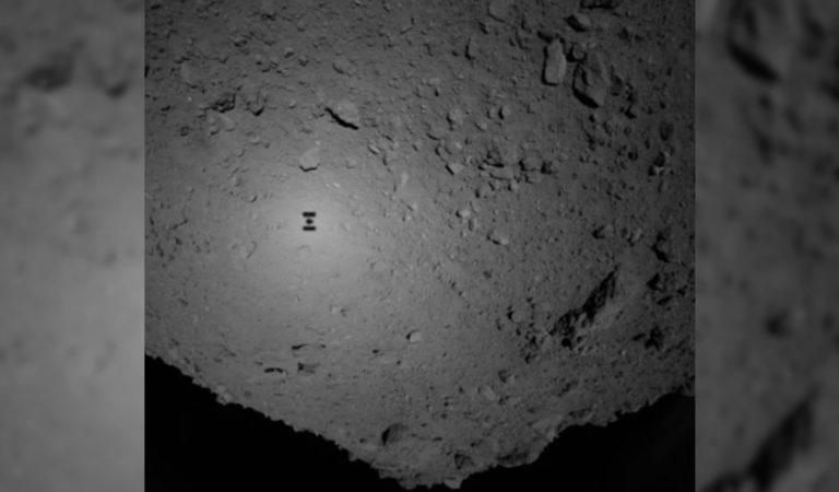 Dos pequeños robots son soltados en el asteroide Ryugu