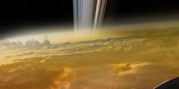 Esta imagen viral de la nave Cassini cayendo en Saturno es completamente falsa