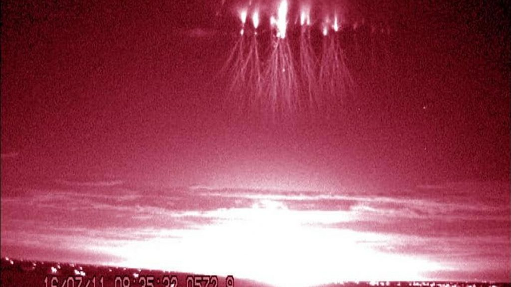 Un red sprite brillante observado sobre Great Plains en EE.UU.