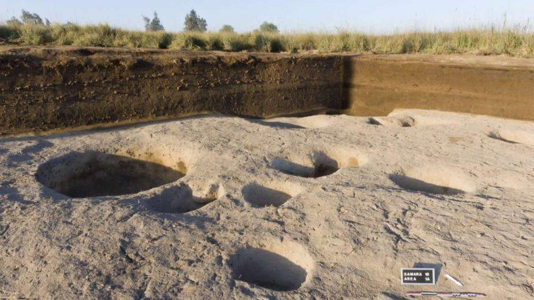 Hallan una antigua aldea egipcia 2.500 años más antigua que las Pirámides