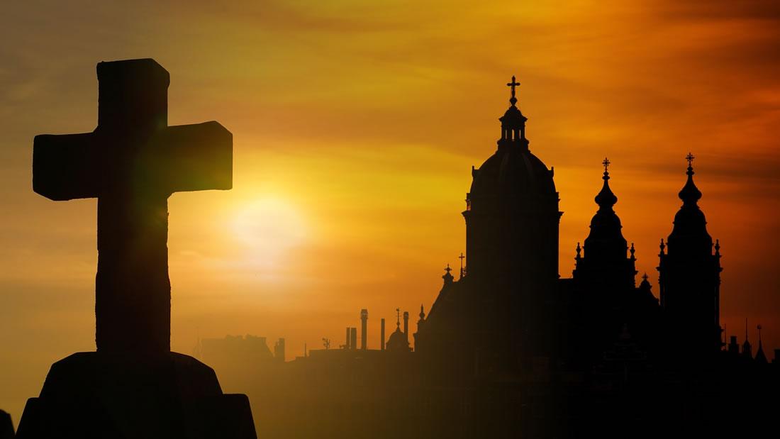Histórica baja de fieles católicos en Chile: Iglesia católica alcanza 76 por ciento de rechazo