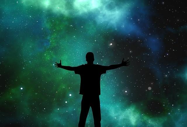La conciencia humana en el universo